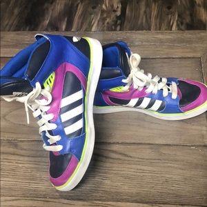 Adidas boys high tops size 5